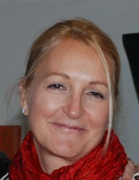 Julie-Anne White Headshot